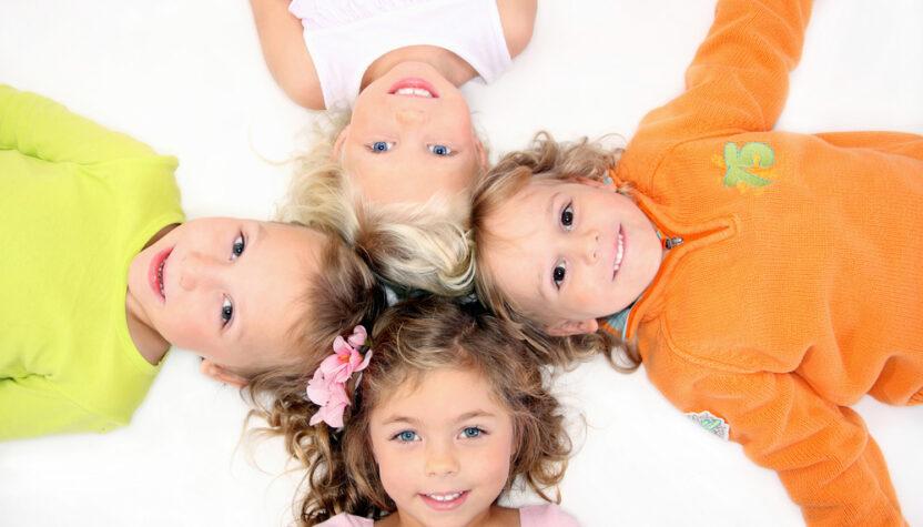 Календарь развития ребенка: 3,5 года - навык общения