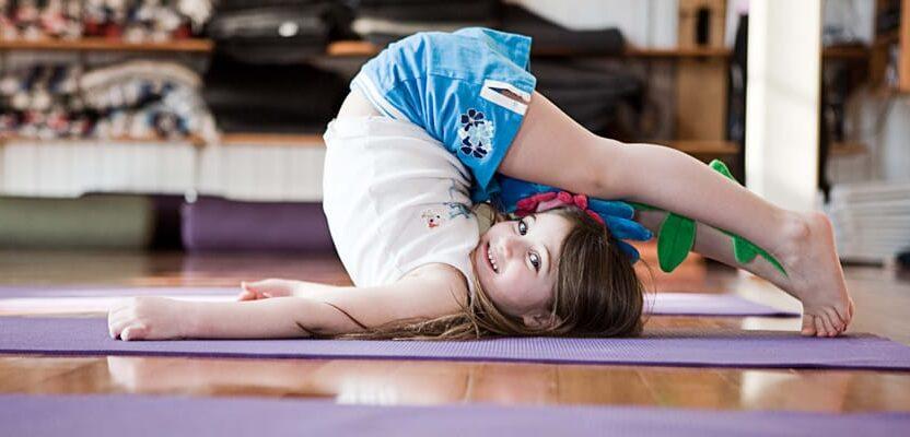 О пользе детской йоги