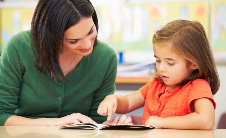 Почему ребенок никак не научится читать?