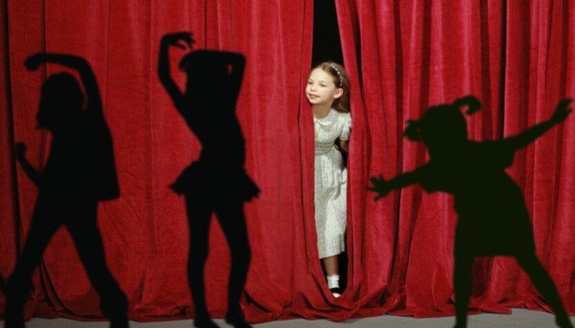 Зачем ребенку театральная студия?