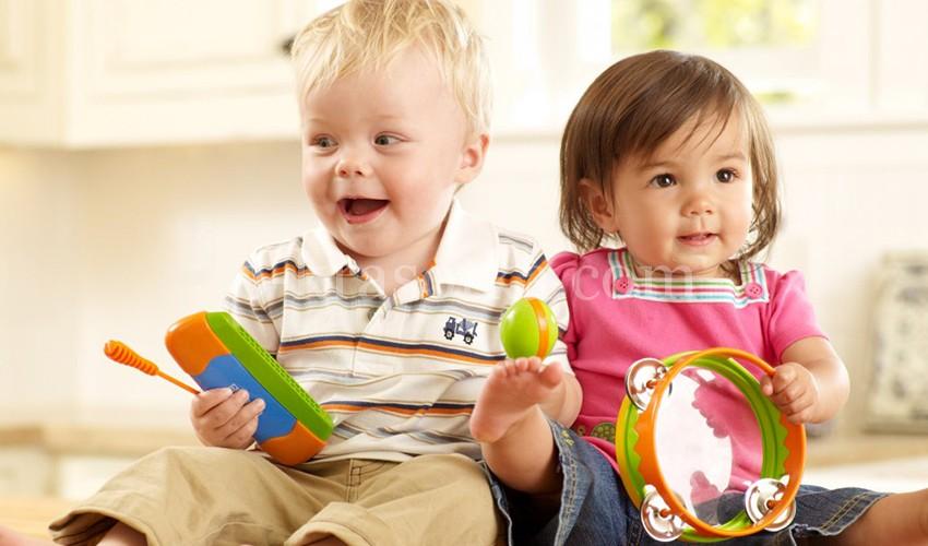 """Комплексные занятия """"Интеллект, буквы, цифры и не только"""" для детей 2-4 лет"""