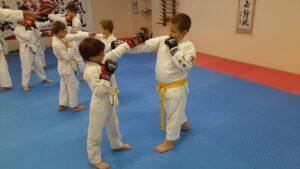 Самооборона для дітей - фото 11